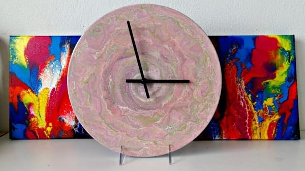 How To Create An Acrylic Poured Clock From A Vinyl Record