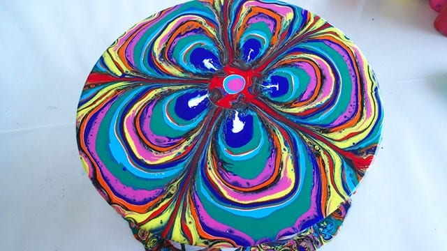 Acrylic pour painting in the style of Holton Rower. Video tutorial for how to make this painting by pouring acrylic paints. Suitable for beginners and kids too. Easy art tutorial.