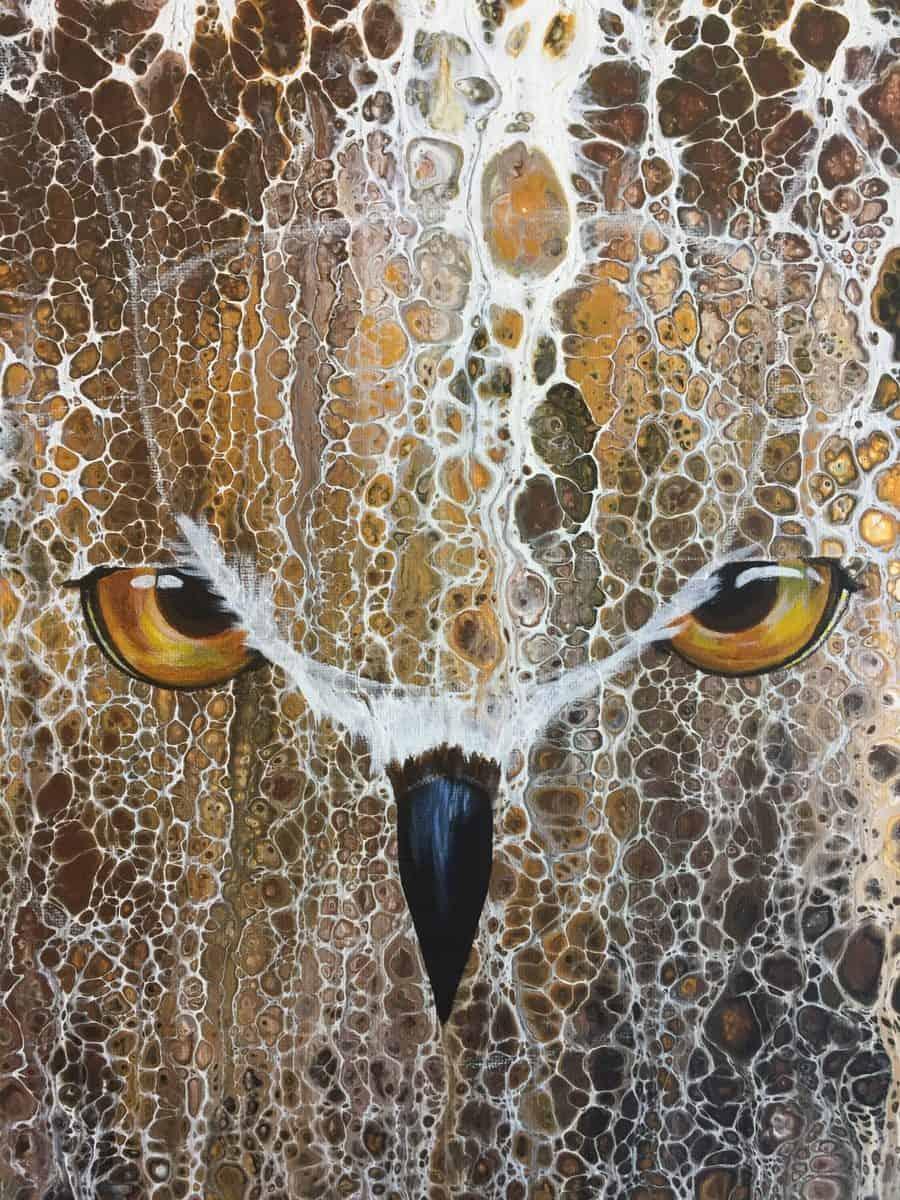 Owl Advanced acrylic pour