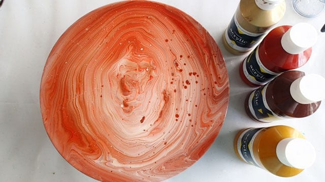 acrylic pouring tree ring technique example